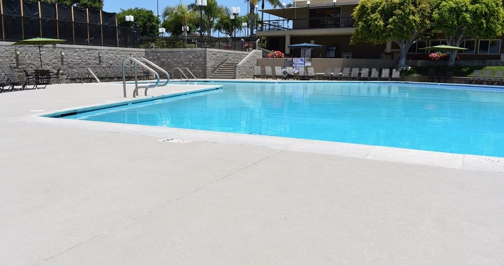 Best Paints For Concrete Pool Deck In 2021 Reviewed